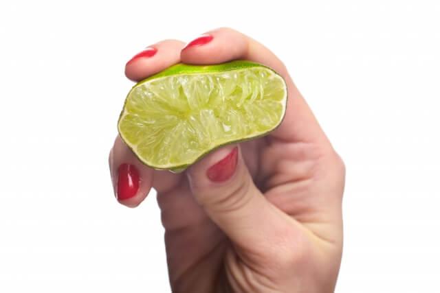 レモン汁で塩素が無くなる