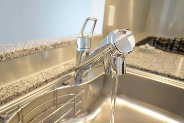 浄水器は必要なの?価格、水質を考えるとお得!でも…
