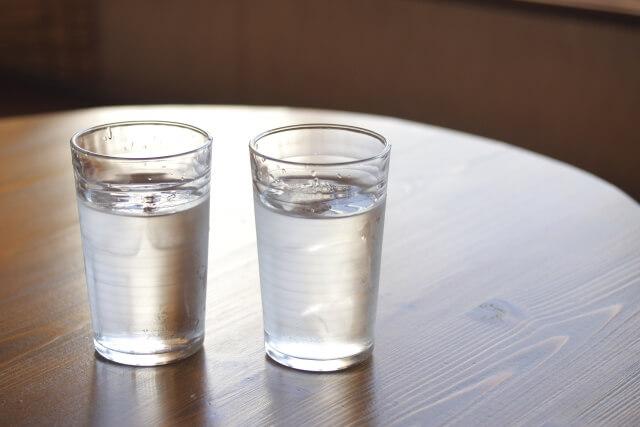 水道水よりミネラルウォーターの方が甘く感じるのはなぜ?